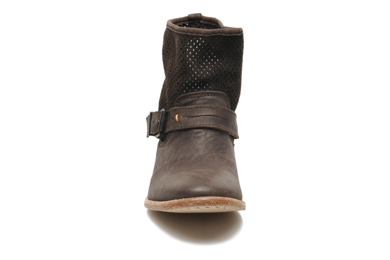 Bottines et boots Buffalo Harmony Marron vue portées chaussures