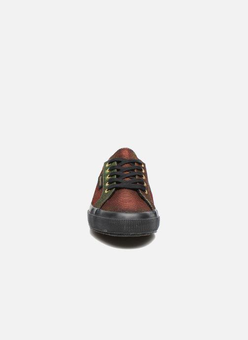 Sneakers Superga 2750 Jersey Sunshine W Verde modello indossato