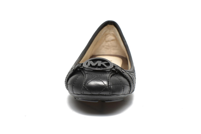 Ballerines Michael Michael Kors Fulton Driver Noir vue portées chaussures