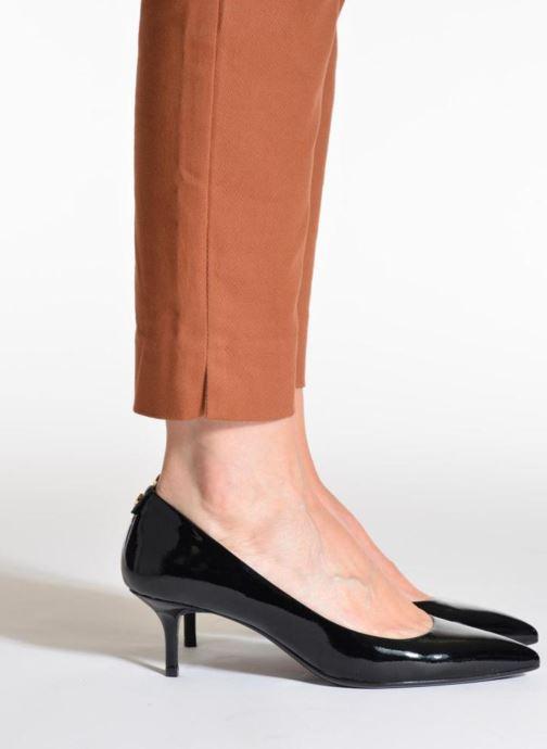 Zapatos de tacón Michael Michael Kors Mk Flex Kitten Pump Negro vista de abajo