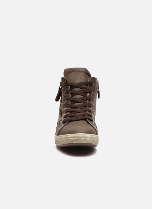Sneakers I Love Shoes Susket Marrone modello indossato