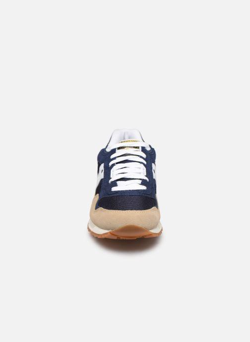 Baskets Saucony Shadow 5000 Beige vue portées chaussures