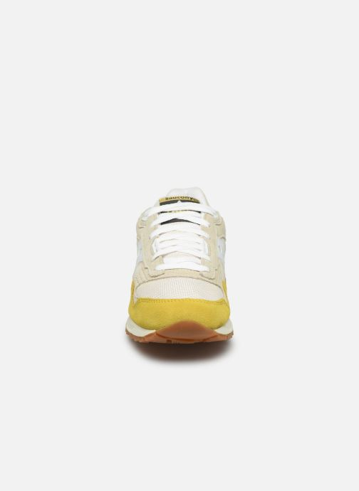 Baskets Saucony Shadow 5000 Jaune vue portées chaussures