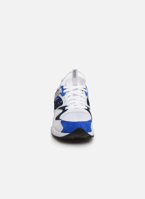 Sneaker Saucony Grid 9000 weiß schuhe getragen
