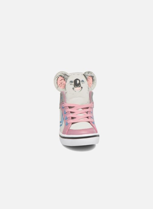 Sneakers Feiyue Delta Mid Animal 2 Grigio modello indossato