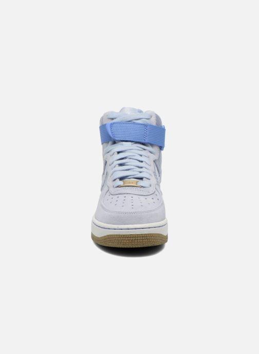 Baskets Nike Wmns Air Force 1 Hi Prm Bleu vue portées chaussures