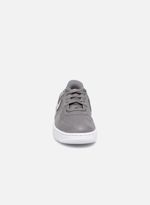 Sneaker Nike Air Force 1 (Ps) grau schuhe getragen