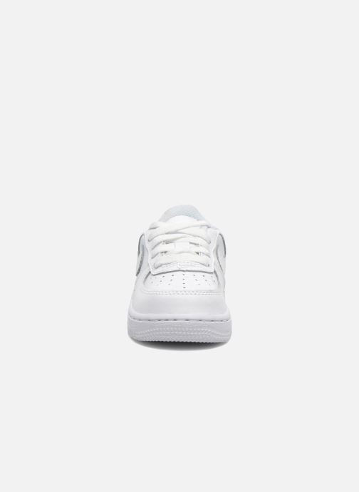 Deportivas Nike Air Force 1 (Td) Blanco vista del modelo
