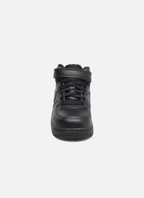 Trainers Nike Air Force 1 Mid (TD) Black model view