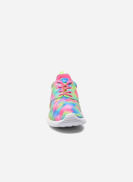 Deportivas Nike NIKE ROSHE ONE PRINT (GS) Multicolor vista del modelo