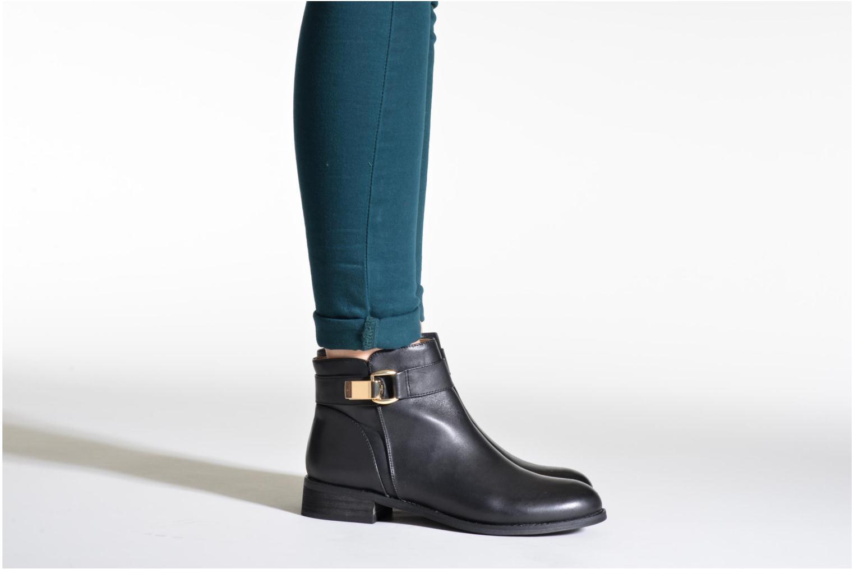 Bottines et boots Buffalo Befot Noir vue bas / vue portée sac