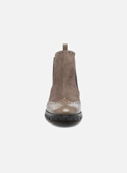 Ankle boots Anaki Tierra Brown model view