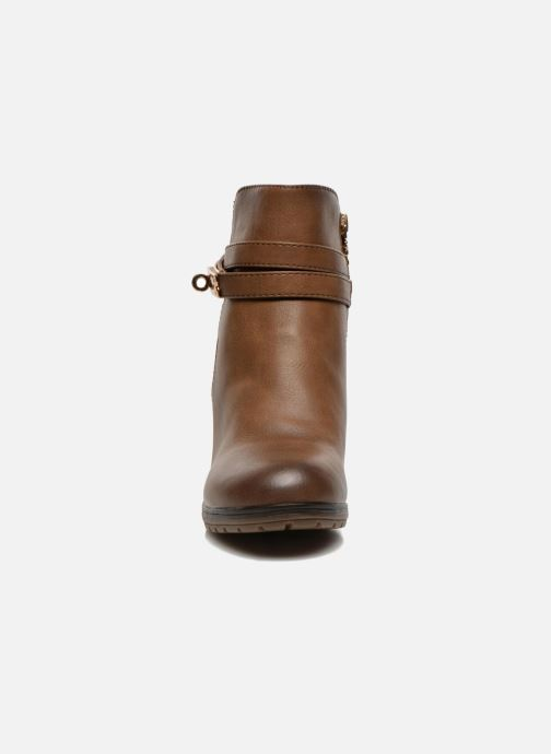 Ankle boots Xti Cornelie-28720 Brown model view