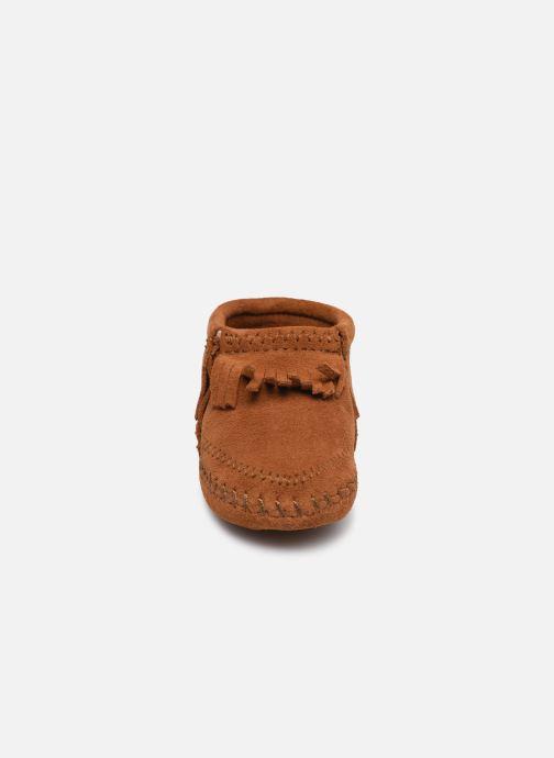 Pantoffels Minnetonka Riley Bootie Bruin model