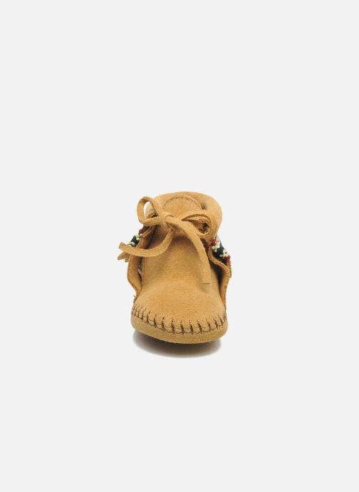 Pantoffels Minnetonka Braid Bootie Beige model