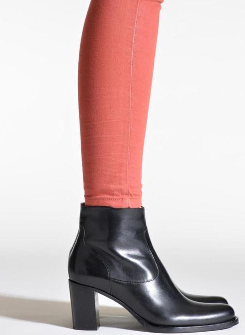 Stiefeletten & Boots Free Lance Legend 7 low zip boot schwarz ansicht von unten / tasche getragen