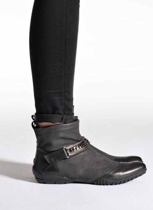 Stiefeletten & Boots UME Un matin d'été LOUISY blau ansicht von unten / tasche getragen