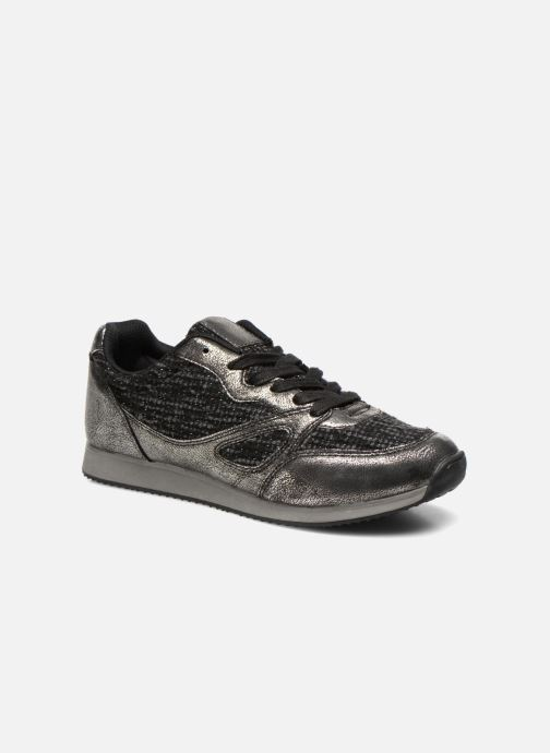 Sneakers Divine Factory Aram Zwart detail