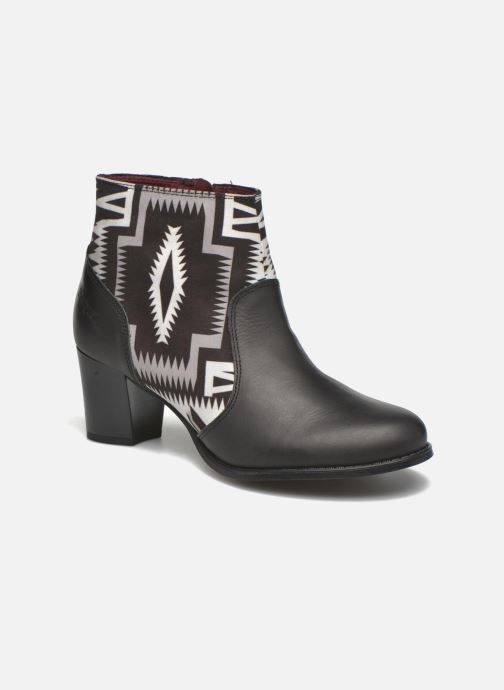 Boots en enkellaarsjes Desigual Cris Zwart detail