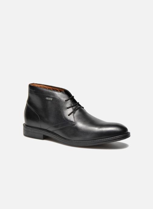 Lace-up shoes Clarks Chilver Hi GTX Black detailed view/ Pair view