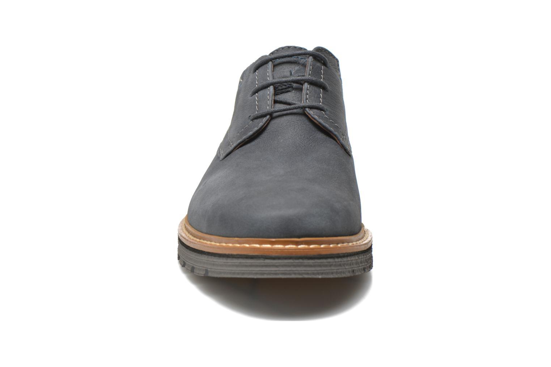 Chaussures à lacets Clarks Newkirk Plain Bleu vue portées chaussures