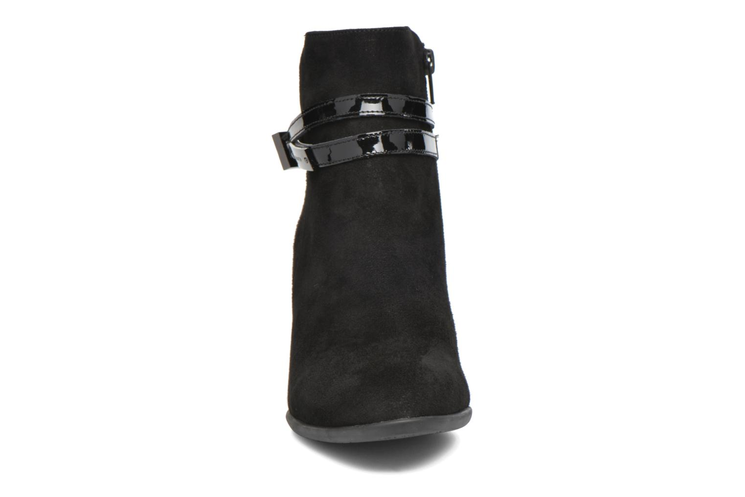 Ankle boots JB MARTIN Cynthia Black model view