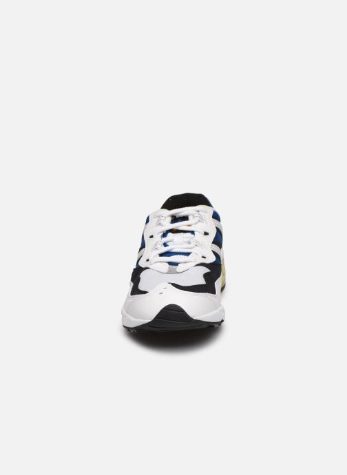 Baskets New Balance ML850 Blanc vue portées chaussures