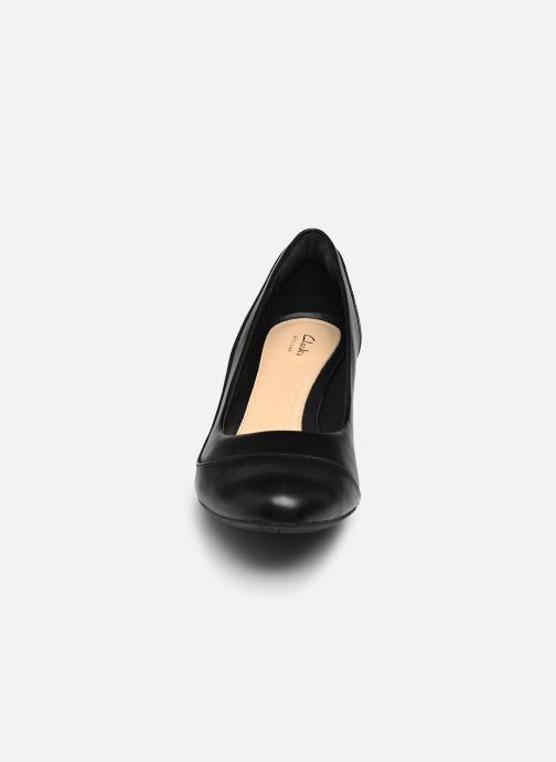 Escarpins Clarks Denny Harbour Noir vue portées chaussures