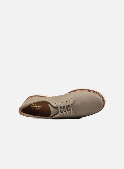 Snörade skor Clarks Glick Darby Beige bild från vänster sidan
