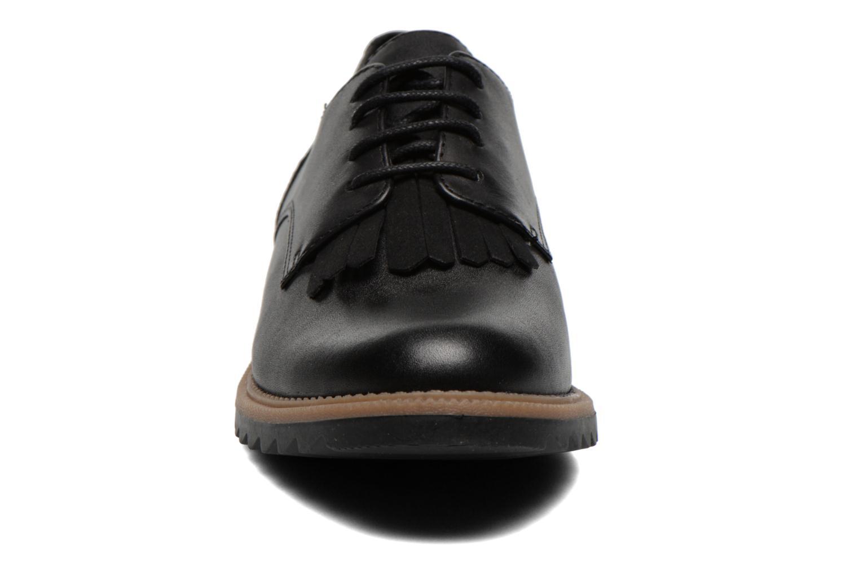 Snøresko Clarks Griffin Mabel Sort se skoene på