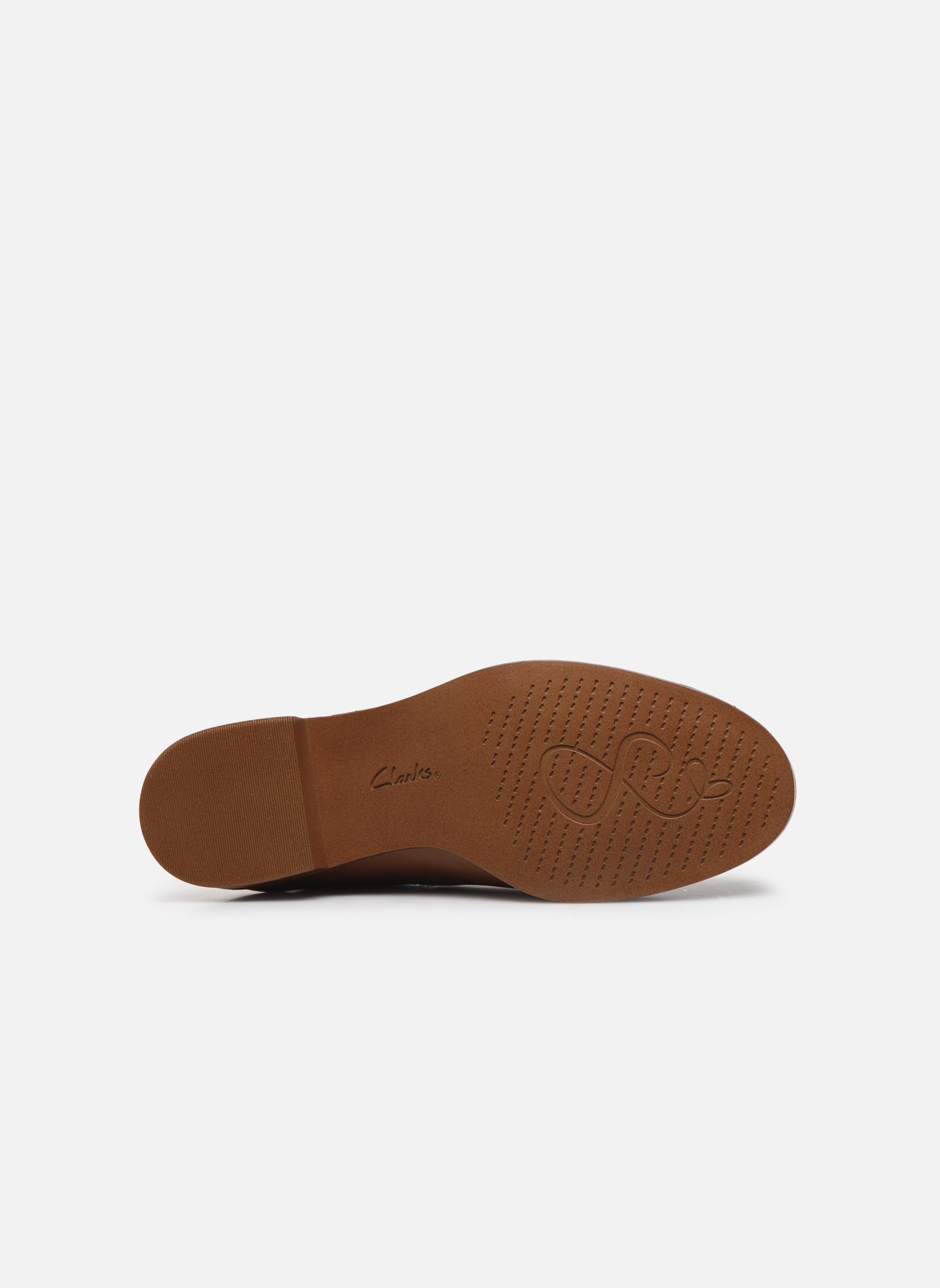 Bottines et boots Clarks Taylor Shine Marron vue haut