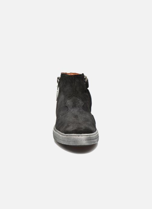 Ankle boots Shwik ADDICT ZIP WEST Black model view