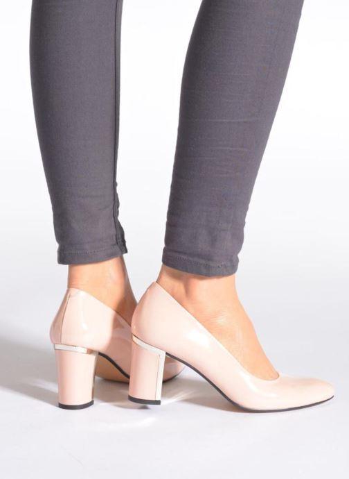 High heels Georgia Rose Sabrille Beige view from underneath / model view