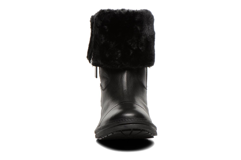 Bottines et boots Les Tropéziennes par M Belarbi Loutre Noir vue portées chaussures