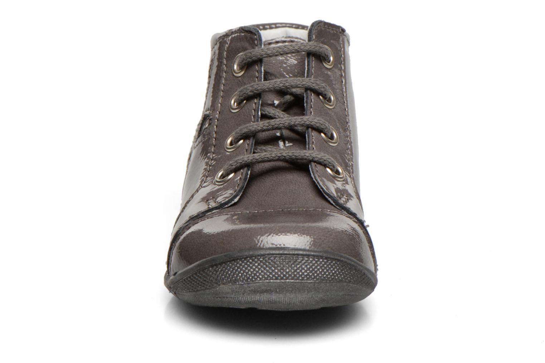 Bottines et boots GBB Leilah Gris vue portées chaussures