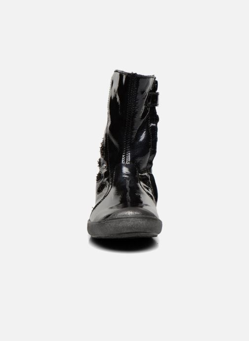 Ankle boots GBB Liviana Black model view
