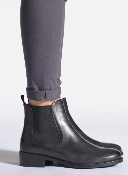 Ankle boots Elizabeth Stuart Ferry 294 Black view from underneath / model view