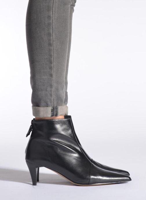 Stiefeletten & Boots Elizabeth Stuart Rindy 304 weinrot ansicht von unten / tasche getragen