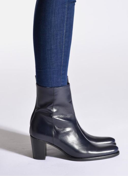 Ankle boots Muratti Venicia Blue view from underneath / model view