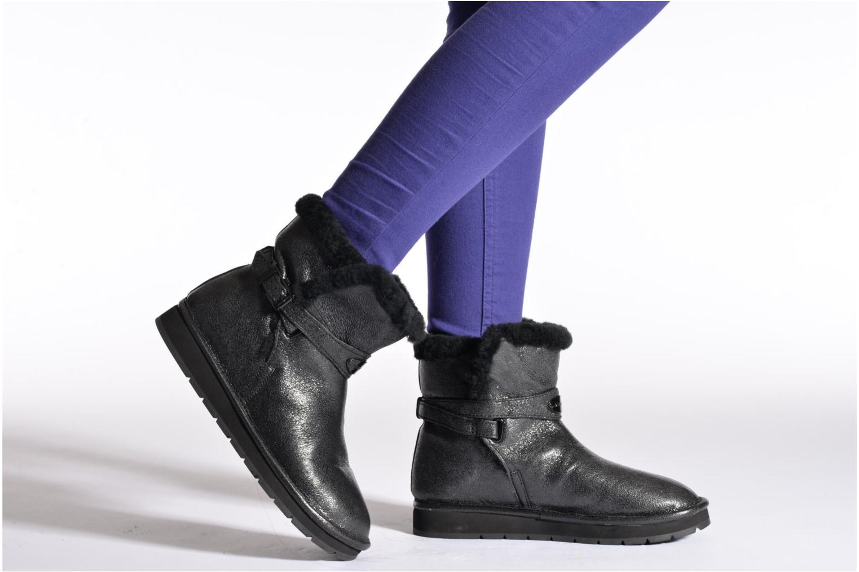 Bottines et boots Michael Michael Kors Sandy bootie Noir vue bas / vue portée sac