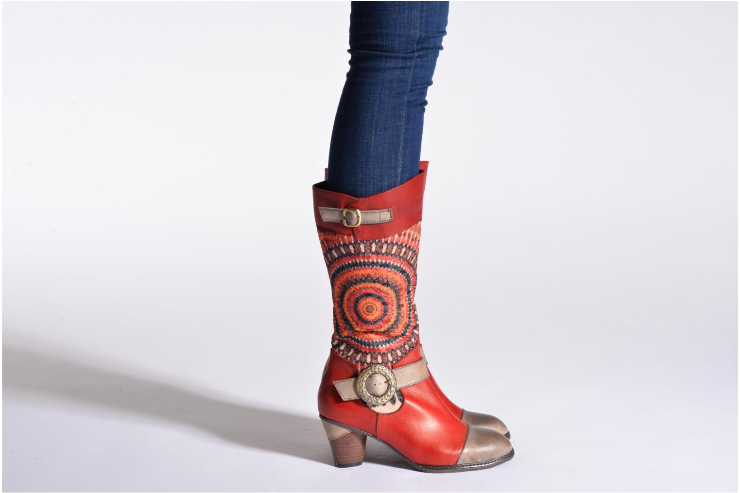 Ankle boots Laura Vita Talle Multicolor view from underneath / model view