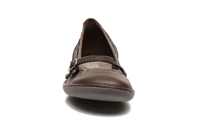 Ballerines TBS Mariza Marron vue portées chaussures