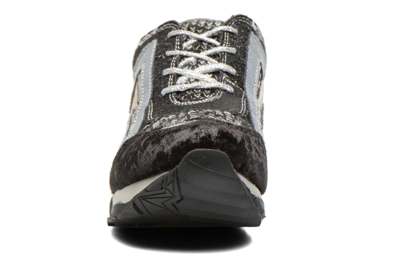 Baskets Irregular Choice Big Bolt Noir vue portées chaussures