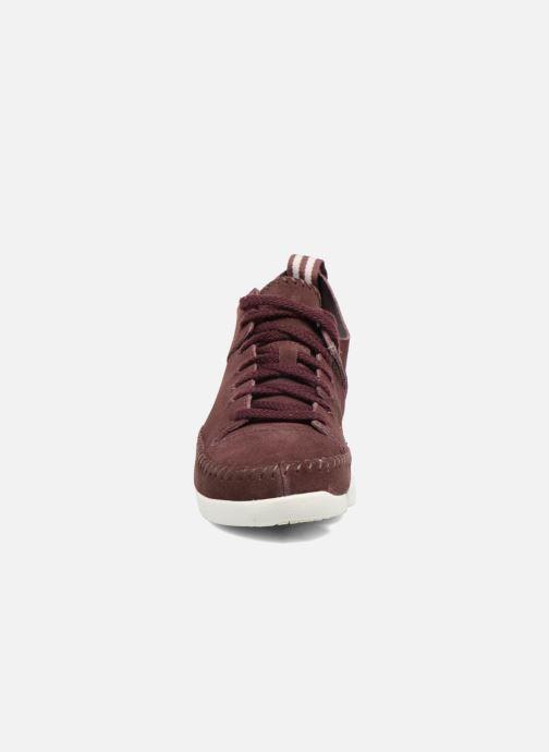Baskets Clarks Originals Trigenic Flex W Bordeaux vue portées chaussures