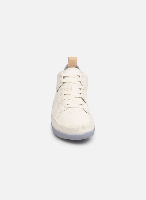 Baskets Clarks Originals Trigenic Flex W Blanc vue portées chaussures