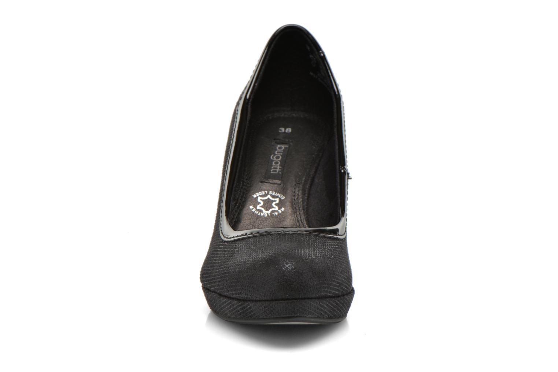 Escarpins Bugatti Haven V4962 Noir vue portées chaussures