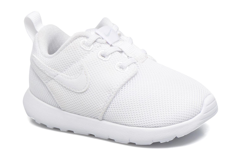 Baskets Nike Nike Roshe One (Tdv) Blanc vue détail/paire