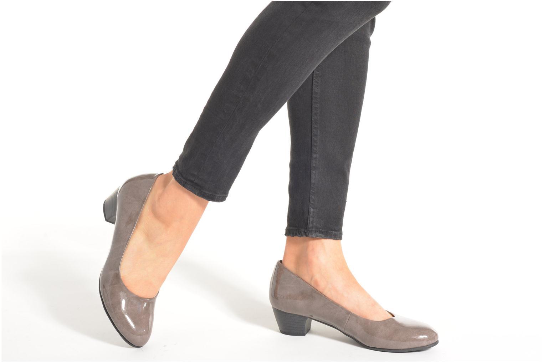 Escarpins Jana shoes Zudiri Beige vue bas / vue portée sac