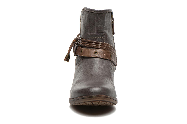 Bottines et boots Mustang shoes Hillun Gris vue portées chaussures