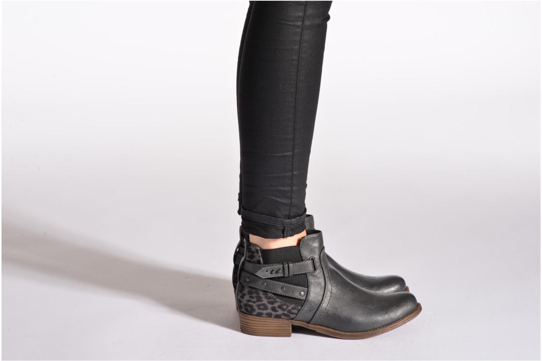 Bottines et boots Mustang shoes Lienos Beige vue bas / vue portée sac